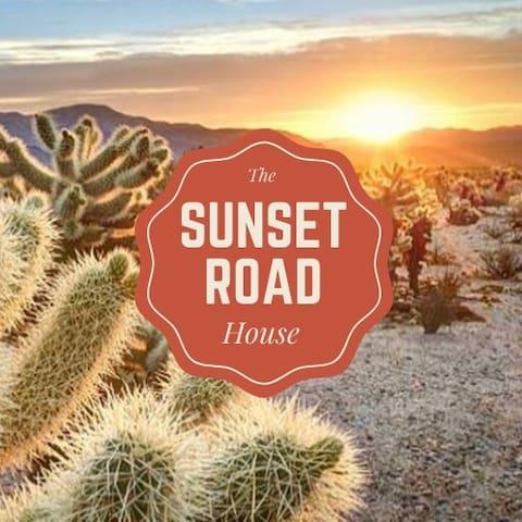 Sunset Road House - HotTub☆Hammocks☆Fireplace☆
