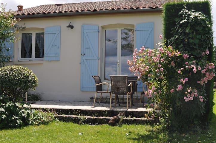 Gîte à Saint Sornin dans La Charente Maritime