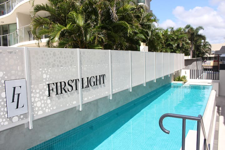 First Light 705 - Mooloolaba - Apartemen