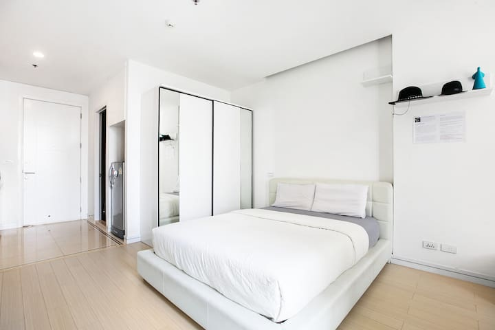 MINIMALIST (B59) / STUDIO / POOL / MRT - Bangkok - Appartement