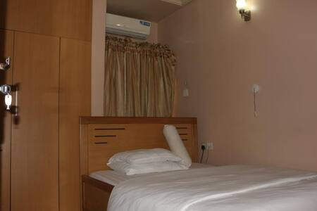 Kastrufid Lodge - DELUXE ROOM
