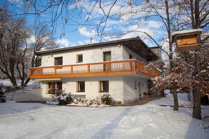 Herzlich willkommen in den Tiroler Bergen - Gemeinde Imst - Apartment