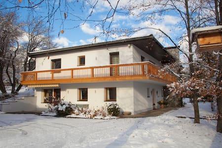 Herzlich willkommen in den Tiroler Bergen - Gemeinde Imst - Appartement