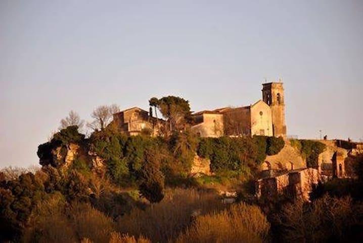 """Villa """"Le Ginestre"""" con piscina su colline toscane - Legoli - Vila"""