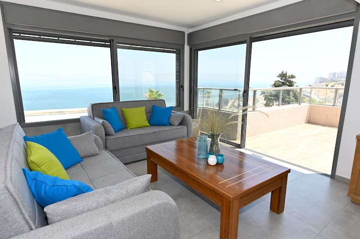 ☀Galile Triple Terrace 180°Overlooking Sea View☀