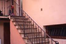 accès par cour intérieure