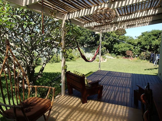 Cozy cottage, peaceful garden to enjoy! - Port Alfred - Hus