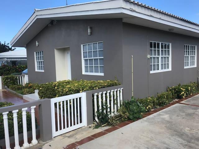 La Quinta Guest House