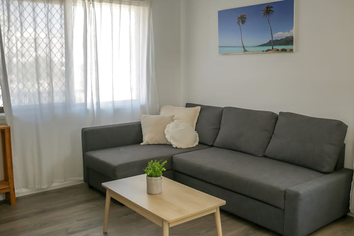 Entire 3 bedroom apartment - Close to everything