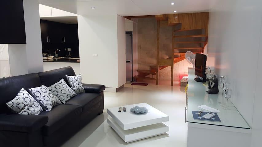 Living Room-V1