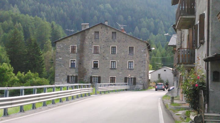 Hostal near Bormio very cheap