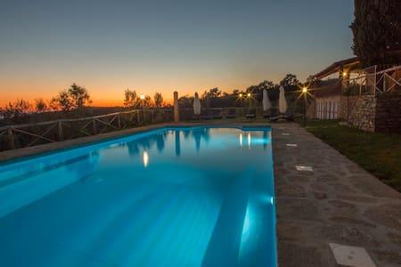 Agriturismo Henni panoramic pool sauna and jacuzzi - Cortona