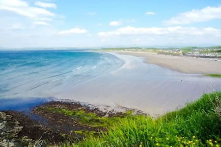 Ceol na Mara (sound of the sea) - Golf View