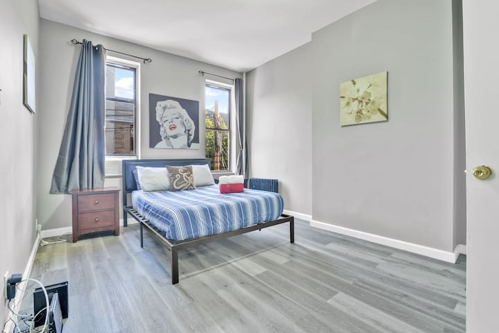 bk5 good · AMAZING TWO BEDROOMS IN THE BEST PART OF BROOKLYN!