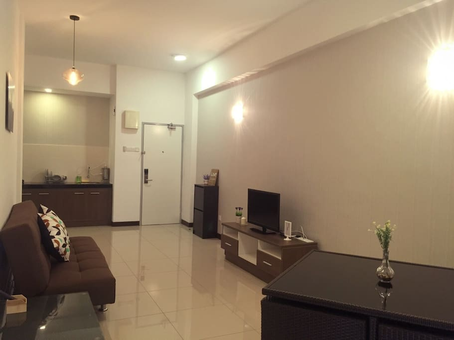 Newly Renovated Serviced Apartment