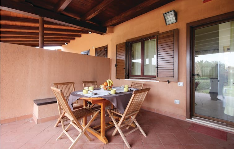 Terraced house with 2 bedrooms on 50m² in Costa Rei -CA-