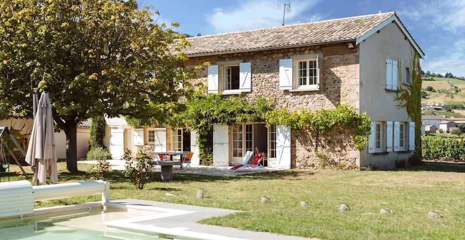 Grande maison dans les vignes - Vauxrenard - Casa