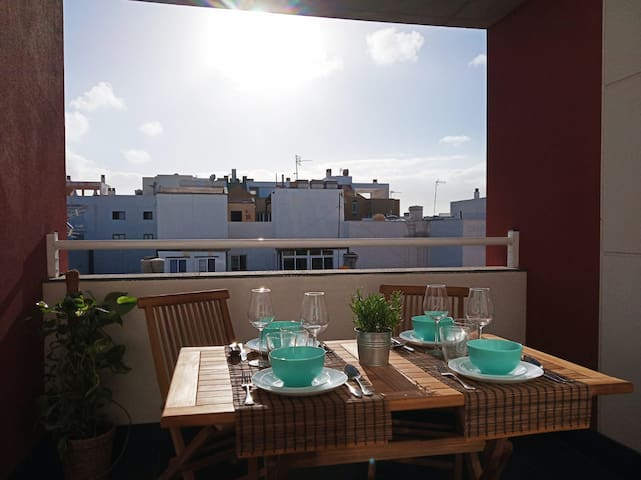 PRIVATE ROOM & BATHROOM IN ATICO VIEW CORRALEJO