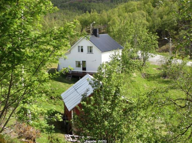 Noraførr Ranch - Alta - Rumah