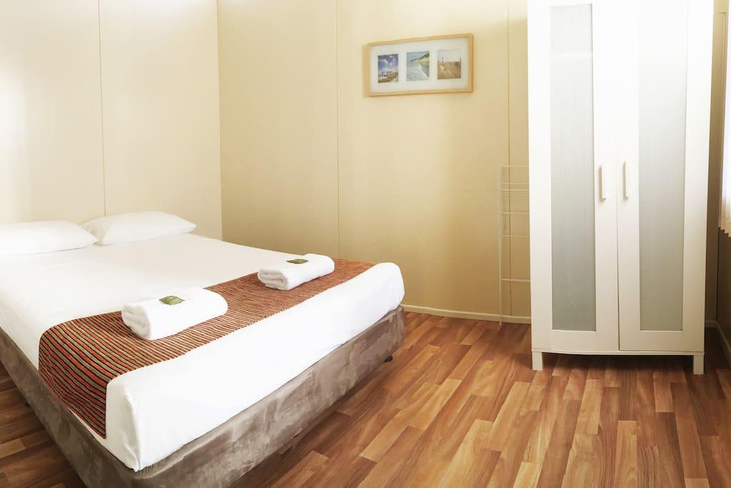 Tallow 2 Bedroom - Main Bedroom