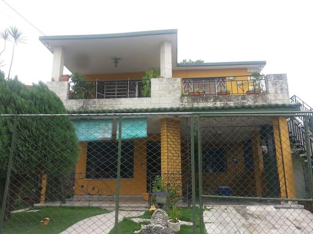 Casa de renta Milyary