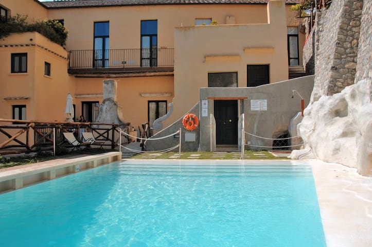 Loft Apt - pool - (URL HIDDEN) - Amalfi - Loft