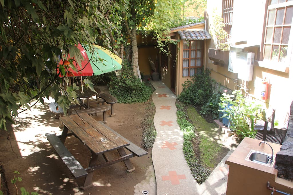 Cozy garden with BBQ area where you can listen the sound of hummingbirds