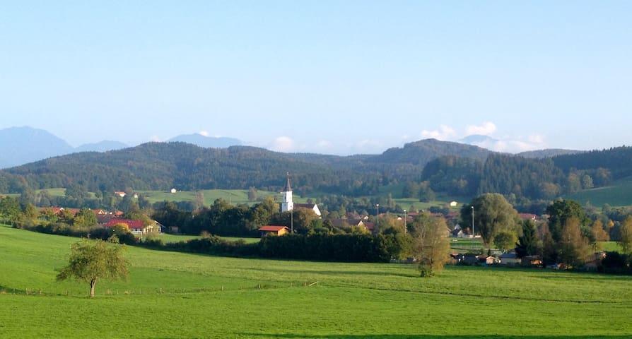 Urige Wohnung in altem Bauernstift - Habach