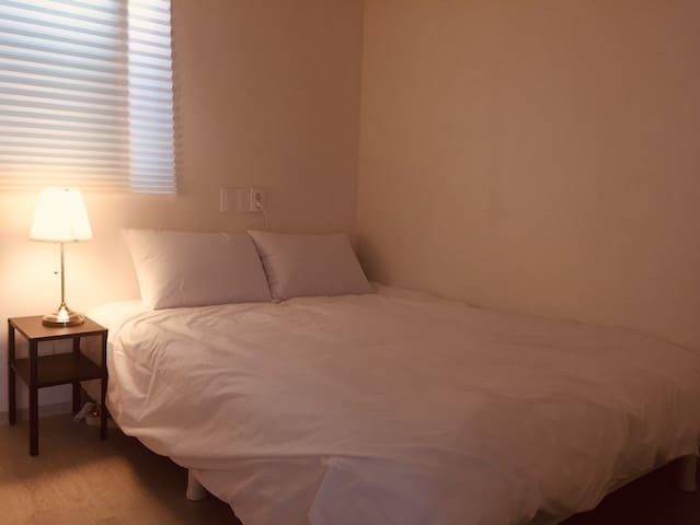 [Room Q] Ace Guest House #Close to DDP