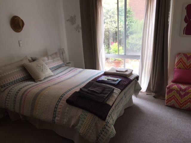 Anglesea Boho Deluxe- Private room