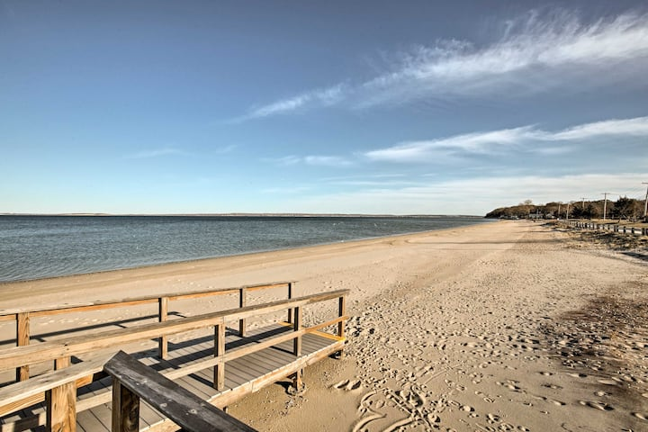 Home in Long Island Wine Country - Walk to Beach!