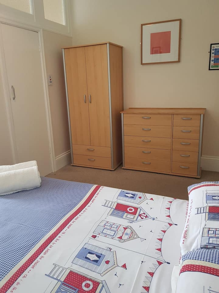 Double Room 5 with Walk in Shower