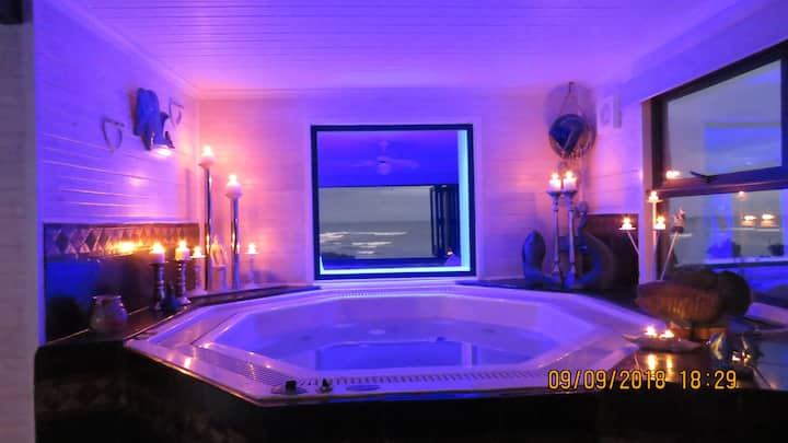 24 Houtbosch bay  Honeymoon suite -jacuzzi