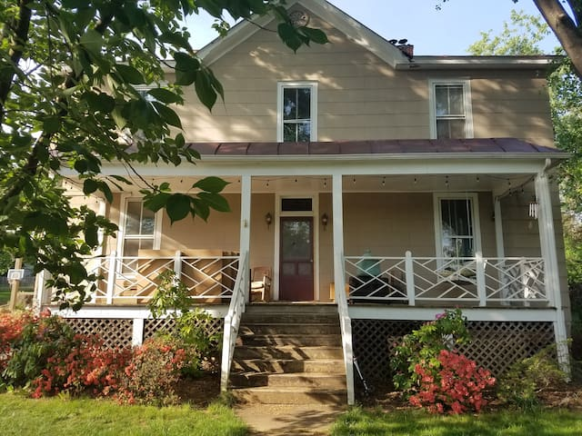 Historic 3BR house w/sauna, near downtown/wineries