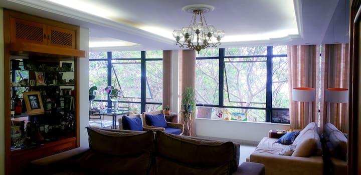 Apê Asa Sul, bem aconchegante; quarto de solteiro.