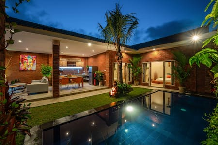 13mio /MONTH /ALL IN/ 2BDRM *PRIVATE VILLA*CANGGU