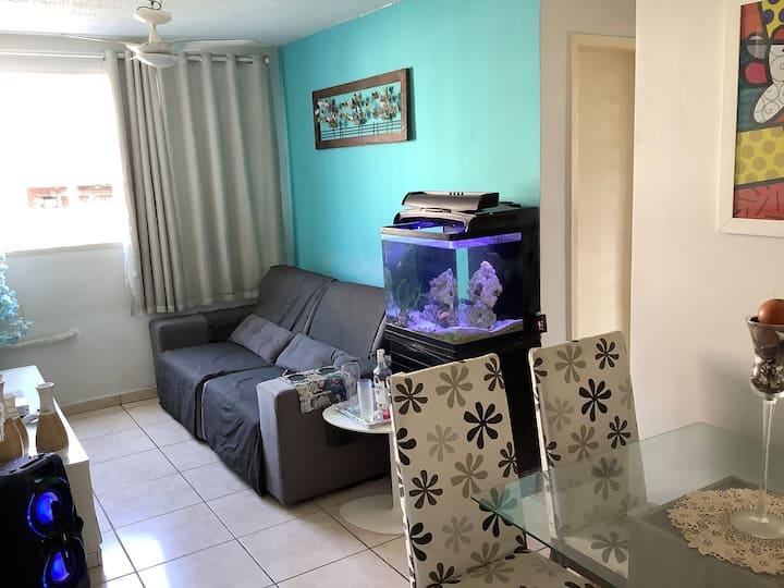 Apto no condomínio fechado em Bangu