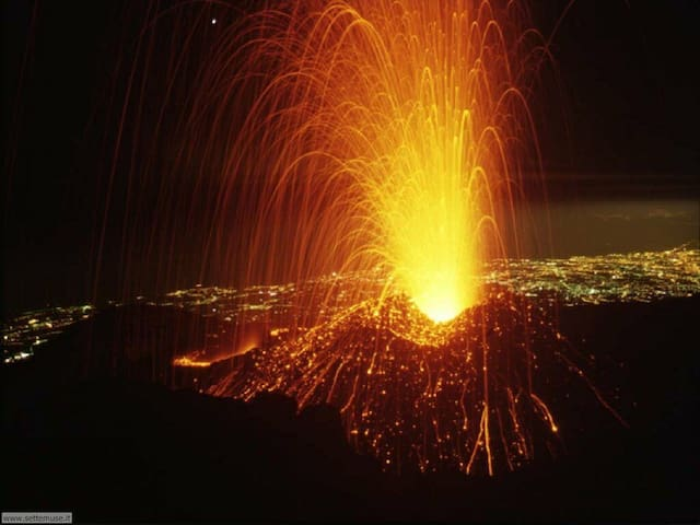Notti Stellate at the Feet of Etna and Taormina - Presa