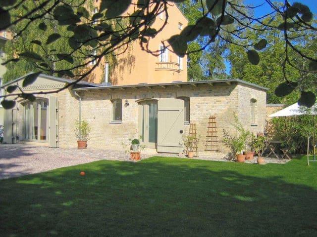 Charmante Remise im Herzen Potsdams - Potsdam - Hus