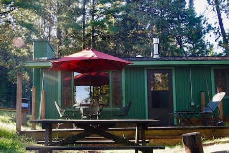 Unplug: Isolated Off-grid solar cottage with river