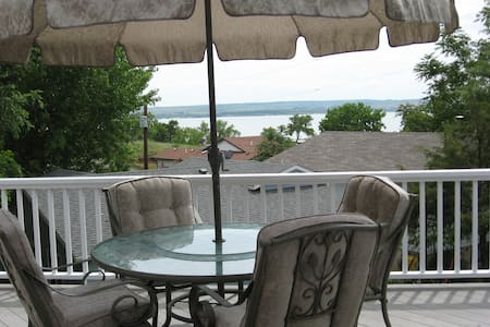 Lake McConaughy lake view home near Admiral's Cove - Lemoyne - Дом