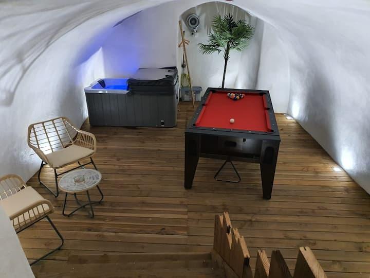 LeMénhirII  Spa/Jacuzzi, Billard,Terrasse,Barbecue