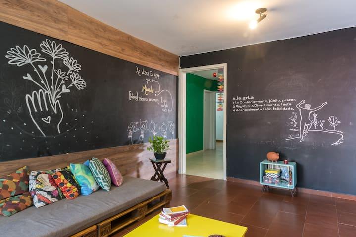 Casa Astral - Quarto Amarelo - Recife