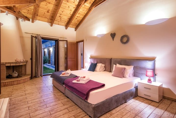 Astarte Villas - Kyveli Luxurious Private Villa - Vanato - Villa