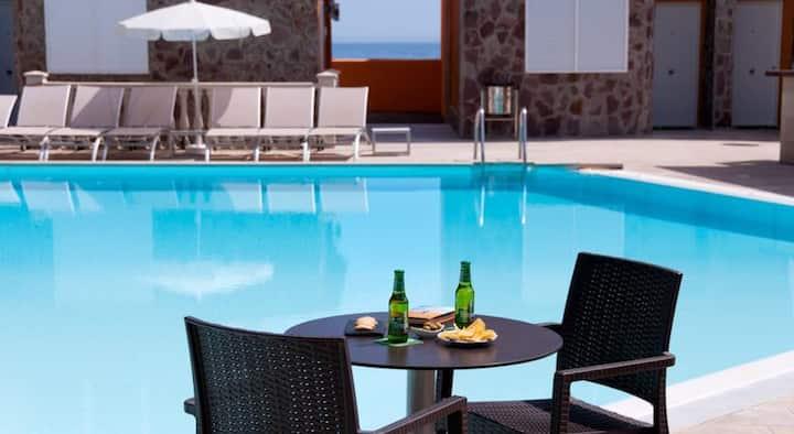 Luxury duplex with direct ocean view