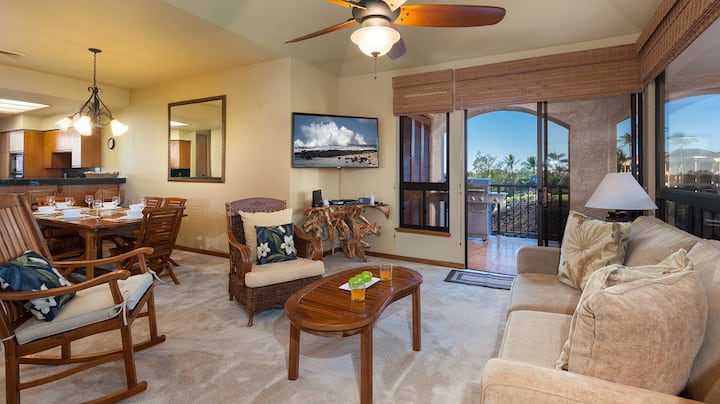 Shores at Waikoloa 306. Hilton Waikoloa Pool Pass Included for stays in 2021.  Spacious lanai with BBQ grill!