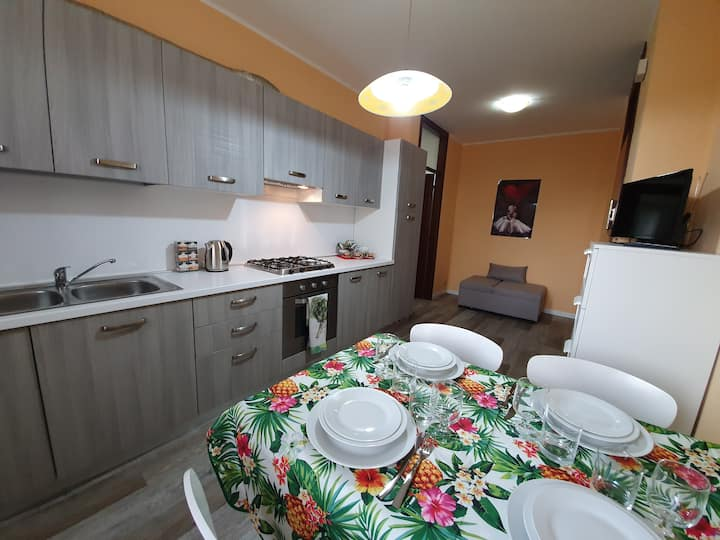 Miniappartamento recentemente ristrutturato Orange