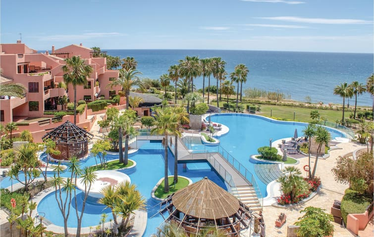 Holiday apartment with 1 bedroom on 74m² in Estepona