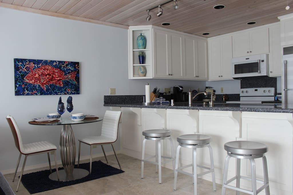 Mermaid 39 S Retreat Apartments For Rent In Pismo Beach