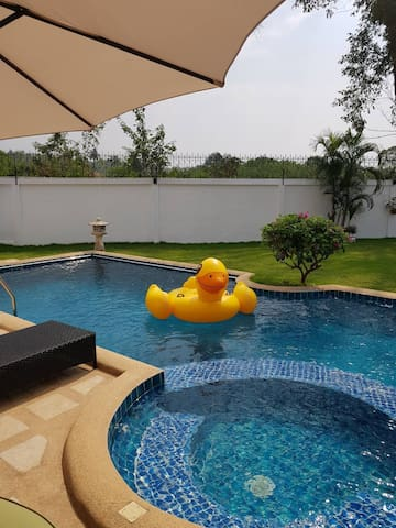 Siam Country Club Pool Villa KK House*Golf Course